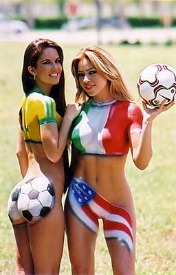 20110221143155-chicas-del-futbol.jpg